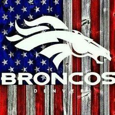 Check out this awesome Broncos sign! Broncos Gear, Broncos Logo, Denver Broncos Football, Go Broncos, Broncos Fans, Giants Football, Pro Football Teams, Football Love, Football Baby