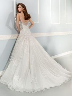 vestido de novia AIDA www.mariasalas.es