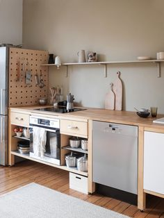 Tour the Hygge Home of Swantje Hinrichsen – kitchen pantry Home Kitchens, Hygge Home, Kitchen Remodel Small, Kitchen Design, Kitchen Decor, New Kitchen, Kitchen Interior, Home Decor, Kitchen Style