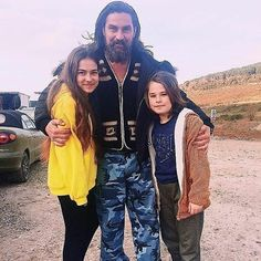 Turkish People, Turkish Actors, Eid Photos, Empire Wallpaper, Famous Warriors, Esra Bilgic, Turkish Beauty, Drama Series, Life Images