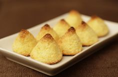 Coquitos Pan Dulce, Cornbread, Sweet Tooth, Food And Drink, Favorite Recipes, Sweets, Meals, Cookies, Ethnic Recipes
