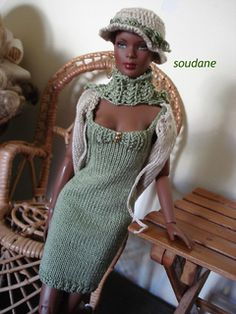 """25. KNITTING PATTERN FASHIONDOLLS TONNER ELLOWYNE 16"""" DRESS AND LONG JACKET ONLY pattern by Soudane Créations Knitting Dolls Clothes, Crochet Doll Clothes, Knitted Dolls, Barbie Patterns, Doll Clothes Patterns, Clothing Patterns, Barbie Style, Barbie Dress, Barbie Clothes"""