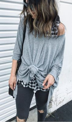Grey Oversized Knit & Black Destroyed Skinny Jeans & Checked Top