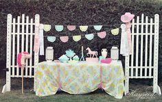June's first birthday party.  {Hayseed Homemakin'}