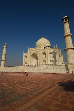 Taj Mahal, Agra, India  One of the seven wonders Can check this one off my bucket list Absolutely amazing