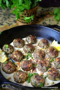 Moroccan Lemon and Cardamom Meatballs ~ I can't imagine a more exciting dinner than a plate of these lemony cardamom spiced lamb meatballs nestled in creamy tahini sauce. I have a feeling this is going to become your new favorite meal! Meatball Recipes, Meat Recipes, Dinner Recipes, Cooking Recipes, Healthy Recipes, Dessert Recipes, Ground Lamb Recipes, Eastern Cuisine, Think Food