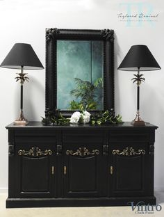A gallery of projects that Taylored Revival has undertaken for clients using Chalk Paint™ including many before and after photos. Black Chalk Paint, Using Chalk Paint, Chalk Paint Colors, Decorative Paint Finishes, Set Of Drawers, Classic Gold, Paint Furniture, Traditional Design, Sideboard