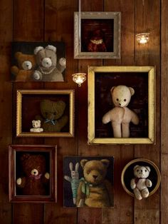 Des ours en peluche encadrés / teddy bear like a picture on a wall Decoration Shabby, Old Teddy Bears, Goldilocks And The Three Bears, Mini Canvas, Shadow Box, Baby Love, Origami, Kids Room, Creations