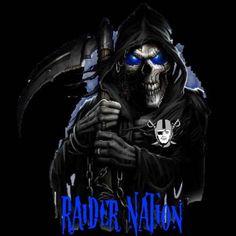 Grim Reaper With Skulls Death Reaper, Grim Reaper Art, Don't Fear The Reaper, Dark Fantasy Art, Dark Art, Crane, Reaper Tattoo, Skull Pictures, Skull Wallpaper