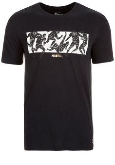 Nike Sportswear F.C. SIX A SIDE - T-Shirt print - black für € 29,95 (01.05.16) versandkostenfrei bei Zalando.at bestellen.