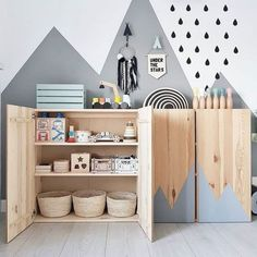 New Free of Charge Mommo design: 10 ways to use IKEA IVAR in kids & # ZI . Style An Ikea children's room continues to fascinate the children, since they are offered a lot more th Ivar Ikea Hack, Ikea Hacks, Ikea Trofast, Baby Room Design, Baby Room Decor, Room Baby, Ikea Baby Room, Baby Zimmer Ikea, Ikea Kids Room