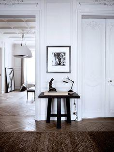 Parisian Interior by Gilles et Boissier Apartment Chic, Interior, Chic Apartment Decor, Parisian Interior, Interior Spaces, Home Decor, House Interior, Interior Architecture, Apartment Interior