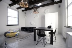 Suite 7 at the Lute Suites in Amsterdam by Marcel Wanders studio. Photo by Alberto Ferrero.
