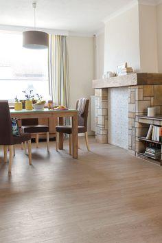 Quick Step Laminate Flooring Perspective Vintage Oak