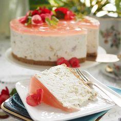 Kesäisen raikas raparperi-kardemummaunelma juustokakku, myös gluteeniton - Kulinaari-ruokablogi Vanilla Cake, Feta, Takana, Just Eat It, Desserts, Cheesecake, Cakes, Tailgate Desserts, Deserts