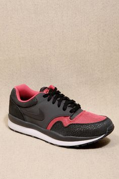 new arrival 0a751 cf6f3 Nike Air Safari Neon Pink Trainers