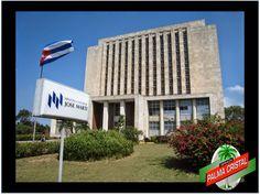 CERVEZA PALMA CRISTAL. ¿Sabes dónde se encuentra la Biblioteca Nacional de Cuba? La Biblioteca Nacional José Martí, se encuentra en  La Avenida 20 de Mayo en La Habana y alberga el tesoro patrimonial que incluye documentos bibliográficos,