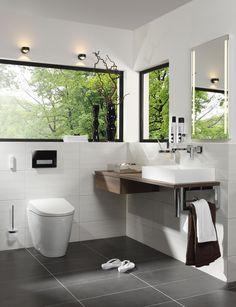 Gäste WC Modern Und Zeitlos Gehalten Mit Unserem Lichtspiegel PALMA LED.  #palma #