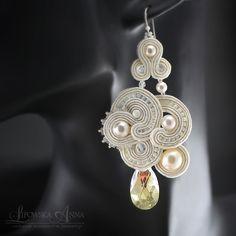 684 Anna Lipowska LiAnna Biżuteria sutasz   soutache  www.lianna.blox.pl Soutache Earrings, Drop Earrings, Shibori, Knit Crochet, Beading, Handmade Jewelry, Anna, Jewelry Making, Jewellery