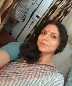 Asha Sarath, Aunty Desi Hot, Vidya Balan Hot, Older Beauty, Beautiful Women Over 40, Malayalam Actress, Churidar, India Beauty, Beauty Women