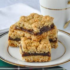 All our Nans made Newfoundland Date Crumble Squares & we still love them. My Aunt Marie made the best. The secret is the right amount of butter & filling. Cookie Recipes, Dessert Recipes, Desserts, Baking Recipes, Newfoundland Recipes, Biscuits, Date Squares, Food Porn, Rock Recipes