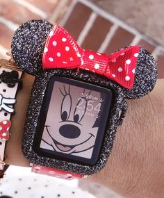 Disney Apple Watch Band, Apple Watch Bands, Apple Watch Fashion, Rhinestone Crafts, Iphone Watch, Iphone 7, Estilo Disney, Accessoires Iphone, Apple Watch Accessories
