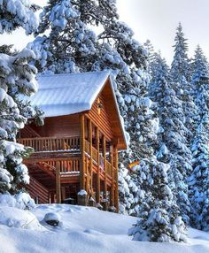 :D ❤️ The ultimate cabin: a ski lodge! Winter Cabin, Cozy Cabin, Snow Cabin, Winter Fun, Winter Season, Log Cabin Homes, Log Cabins, Photos Voyages, Cabins And Cottages