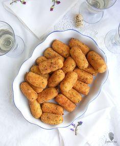 CROQUETAS DE BACALAO - Cogollos de Agua Local Bars, Spanish Tapas, Albondigas, Cheat Meal, Appetizers, Ethnic Recipes, Food, Wedding, Cod Fish