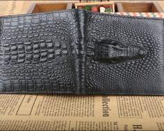 Kvalitná pánska kožená peňaženka v štýle 3D krokodíla v čiernej farbe, horizontálna  (10)