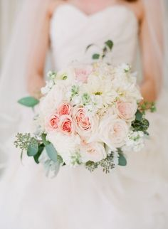 Feminine bouquet: http://www.stylemepretty.com/2014/06/03/timeless-austin-wedding-at-chateau-bellevue/ | Photography: Taylor Lord - http://www.taylorlord.com/