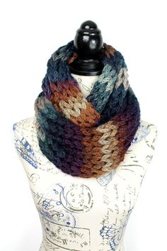 Women Bulky Snood - Ovrsized Knit Loop - Winter Knit Eternity - Bulky Knit Snood - Womens Knit infinity - Chunky Infinity Scarf - Brown Blue