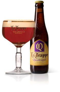 La Trappe Quadrupel / Quadrupel is het zwaarste bier van La Trappe met een prachtige amberkleur. De warme, intense smaak is vol en goed gebalanceerd. Moutig zoet, licht gebrand en aangenaam bitter met een zoete afdronk. Quadrupel gist na op de fles en heeft aroma's van onder andere banaan, amandel en vanille.