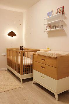 *Blanco y Madera Natural - Toc Toc Kids Baby Playroom, Baby Room Decor, Nursery Room, Kids Bedroom, Nursery Decor, Minimalist Baby, Princess Room, Kids Decor, Home Decor