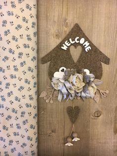 #duepuntihandmade #handmade #handmadewithlove #withlove #foryou #wreath #home #homedecor #homesweethome #welcome #felt #feltro #heart #flowers #colors #waitingspring #spring #saturday #haveaniceday
