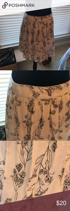 Old Navy Skirt two Layer Gauzy Print Old Navy Skirt two Layer Gauzy Print Old Navy Skirts Midi