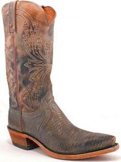 Fab Lucchese stonewashed lizard boots at Allen's. Loving the vintage look.