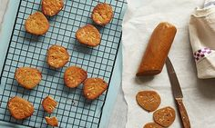 Danish gluten-free cinnamon and almond thin biscuits | Just as tasty