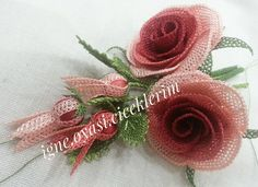 This Pin was discovered by Mav Diy Flowers, Fabric Flowers, Fabric Flower Tutorial, Needle Lace, Diy And Crafts, Hair Accessories, Elsa, Embroidery, Beads