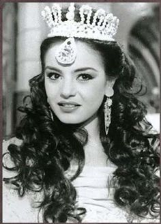 Sherihan- Egyptian actress and dancer. Best performance! Reminds me of good old days