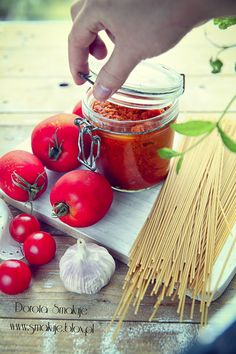 Sos pomidorowy do spaghetti Cooking Time, Cooking Recipes, Preserves, Food And Drink, Healthy Eating, Color Of Life, Canning, Vegetables, Chili