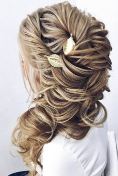 30 Enchanting Bridal Hair Accessories To Inspire Your Hairstyle ❤  Using some bridal hair accessories is a good way to inspire your hairstyle . Don't be shy and choose the loveliest hairstyle. See more: http://www.weddingforward.com/bridal-hair-accessories-to-inspire-hairstyle/ #wedding #hairstyles
