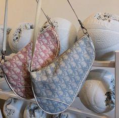 Baby fashion accessories purses 16 ideas for 2019 Dior Saddle Bag, Saddle Bags, Mode Vintage, Vintage Bags, Vintage Dior Bag, Fashion Bags, Fashion Accessories, Fashion Fashion, Fashion Spring