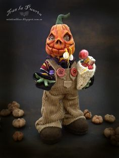 Jack o' lantern trick or treat is my new work fresh out the oven. Available in my Etsy shop. Hope you like it. :)  For adopt Click on the link https://www.etsy.com/es/shop/TraslaPuerta