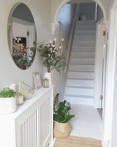 best small entryway decor & design ideas to upgrade space 2019 7 White Hallway, Bright Hallway, Ikea Hallway, Upstairs Hallway, Flur Design, Hallway Inspiration, Small Hallways, Small Rooms, Ideas For Hallways