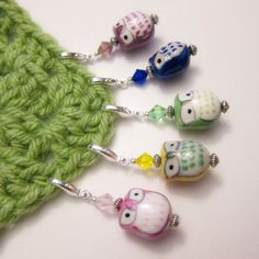 5 Stitch Markers  Owl Garden by Judyswag on Etsy, $10.00