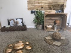 The Little Learners Approach – showing children where to look but not what to see – Reggio approach – Childcare Eyfs Classroom, Classroom Layout, Outdoor Learning Spaces, Play Spaces, Baby Room Ideas Early Years, Curiosity Approach Eyfs, Infant Toddler Classroom, Childcare Rooms, Reggio Inspired Classrooms