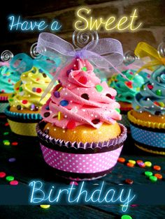 Put an icing of #cupcake wish on your #birthday greeting for your friend with this sweet #ecard. #HappyBirthday #Cupcakegreetings #free #cards #wishes #greetings.