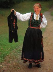 Omslagsliv The embroidered bands which cross over the shoulders were originally suspenders which held up the skirt. The bodice was attached to the second underskirt. The embroidery is often done freehand, and there is much individual variation. Folk Costume, Costumes, Norwegian Clothing, Suspenders, Norway, Bodice, Two By Two, Culture, Skirts