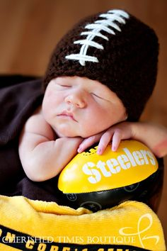 Great baby boy idea! Chad would want browns instead of steelers. Ahh the struggle. Haha.