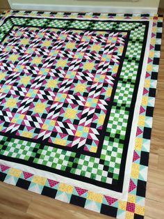 My version of Bonnie Hunter Grand Illusion Mystery Quilt 2014